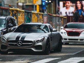 Ngắm lại dàn xe xuất hiện trong phim bom tấn Fast & Furious 8