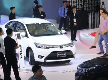 Top 10 ô tô ăn khách nhất quý1/2017