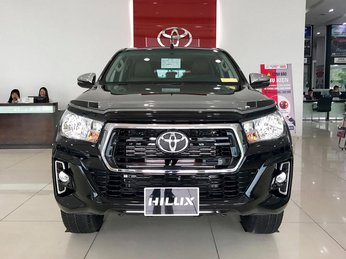 Toyota Hilux hưởng thuế nhập khẩu 0% ồ ạt về đại lý