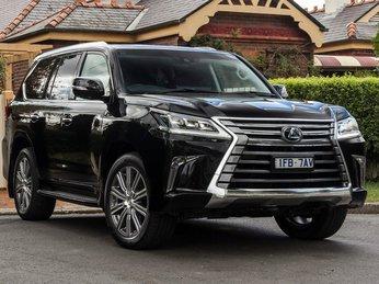 Toyota Việt Nam giảm giá nhiều mẫu xe nhập khẩu