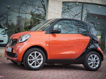 Xe 2 chỗ Smart Fortwo 2016 giá hơn 1 tỷ tại Hà Nội