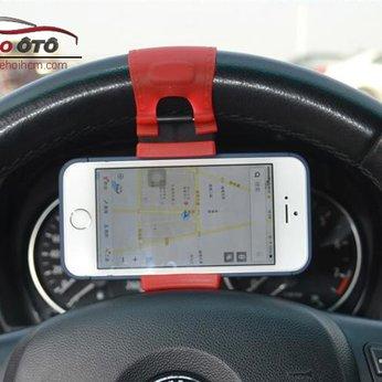 Kẹp giữ điện thoại trên vô lăng ô tô