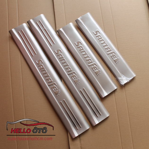 Nẹp Bước Chân Chống Trầy Hyundai Santafe