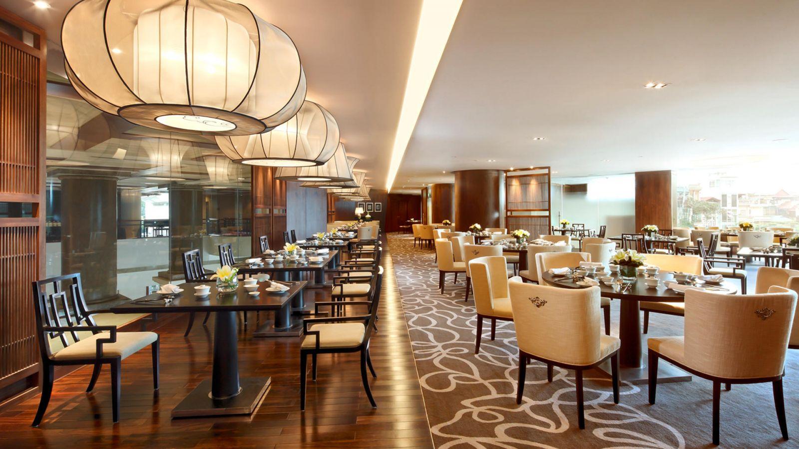 Diễn đàn rao vặt:  thiết kế thi công nội thất nhà hàng thức ăn nhanh phải đảm bảo được tính khoa họ Nha-hang-dep-sang-trong