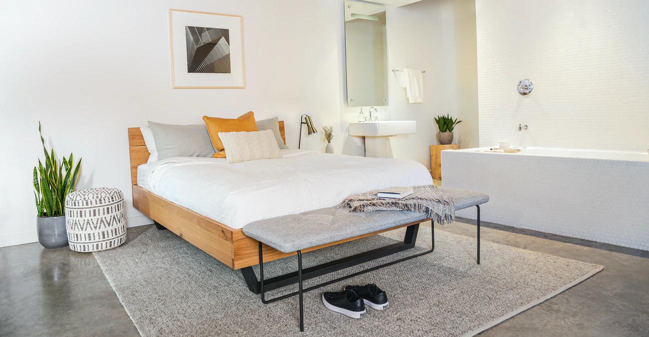 Giường ngủ gỗ chất lượng cao cho gia đình