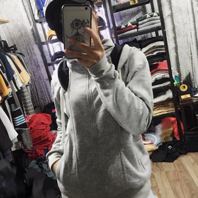 áo khoác nỉ nón rộng màu xám trắng
