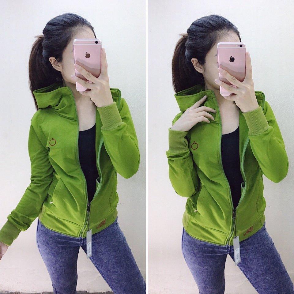 Áo khoác táo xanh