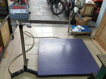 Cân sàn điện tử tại Tp.HCM giá rẻ