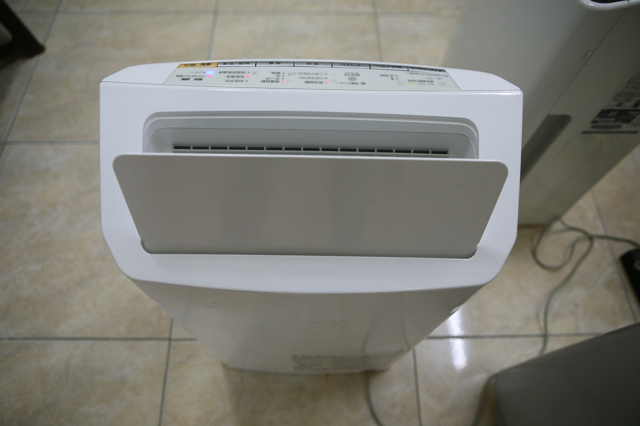 Máy Lọc Không Khí Khử Mùi Tạo Ẩm Panasonic F-VXG70 Nội Địa Nhật