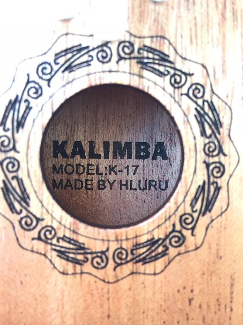 Đàn Kalimba 17 Phím Gỗ Mahogany Cổ Điển Nâu Sáng Hluru KaLinh