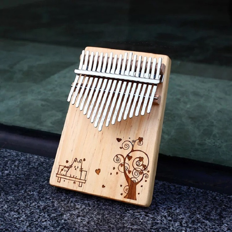 Đàn Kalimba 17 Phím Gỗ Vân Sam Classic KaLinh