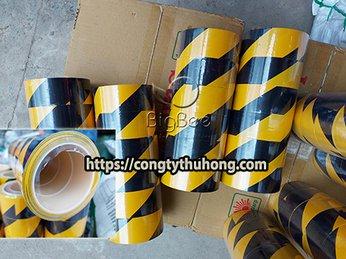 Băng keo dán nền cảnh báo sọc vàng đen chuẩn khổ 48mm