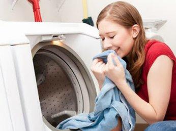 Làm thế nào để tránh mùi hôi, nấm mốc bên trong máy giặt ?