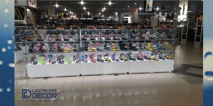 Kệ trưng bày giày dép cao 1.1m