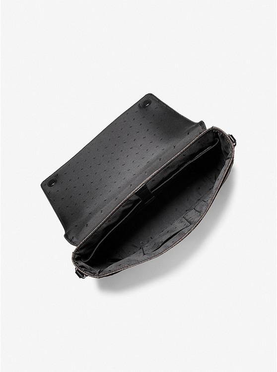 Túi xách Michael Kors nam đeo chéo hàng hiệu Harrison Messenger Leather Brown Bag, túi xách MK nam công sở đeo chéo màu nâu, túi xách Michael Kors đeo chéo màu nâu giành cho nam, cặp xách MK nam chính hãng công sở , cặp xách MK nam đeo chéo hằng ngày