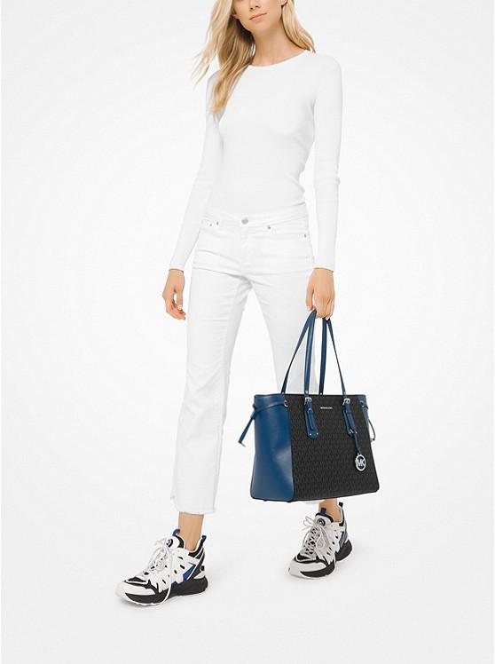 Túi xách Michael Kors hàng hiệu đeo vai loại lớn Voyager Medium Logo Tote, giỏ xách MK chính hãng giành cho nữ, túi xách michael kors hàng hiệu màu xanh size lớn, túi xách MK hàng hiệu dạo phố, túi xách MK văn phòng