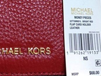 Cách đọc thông tin trên tag của giỏ xách Michael Kors chính hãng