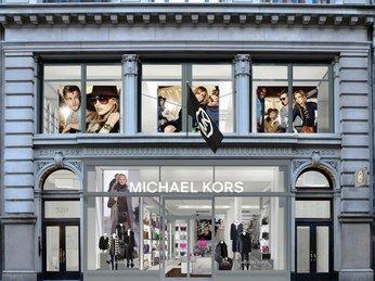 Michael Kors chính hãng có shop tại Việt Nam không?