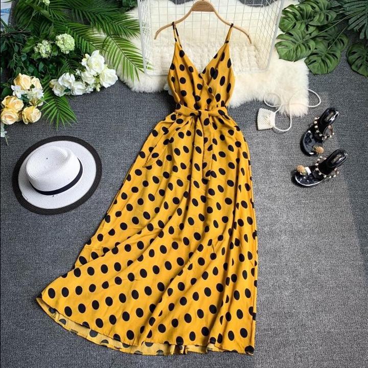 Đầm maxi vàng 2 dây chấm bi