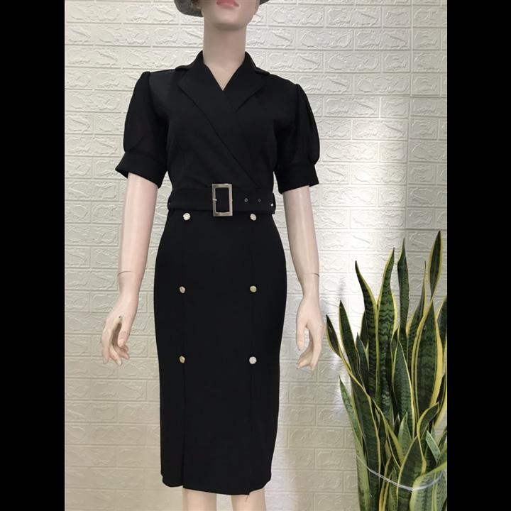 Đầm vest đen nút đá sang trọng