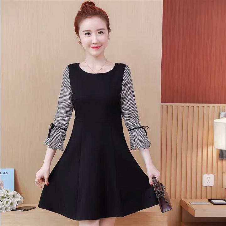 Đầm xòe phối tay caro đẹp