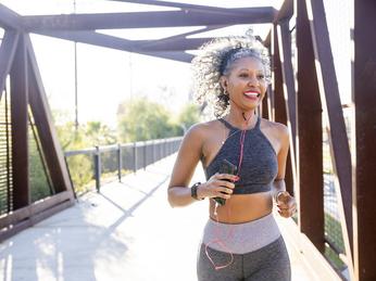 8 bí quyết giúp bạn cảm thấy chạy bộ dễ dàng hơn