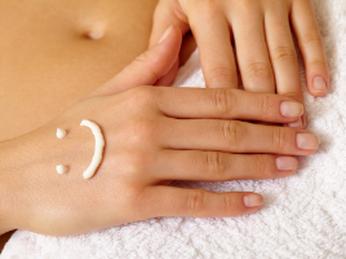 Hai Bíquyết huyền thoại làm dịu hiệu quả cho da bị kích ứng và nhạy cảm.