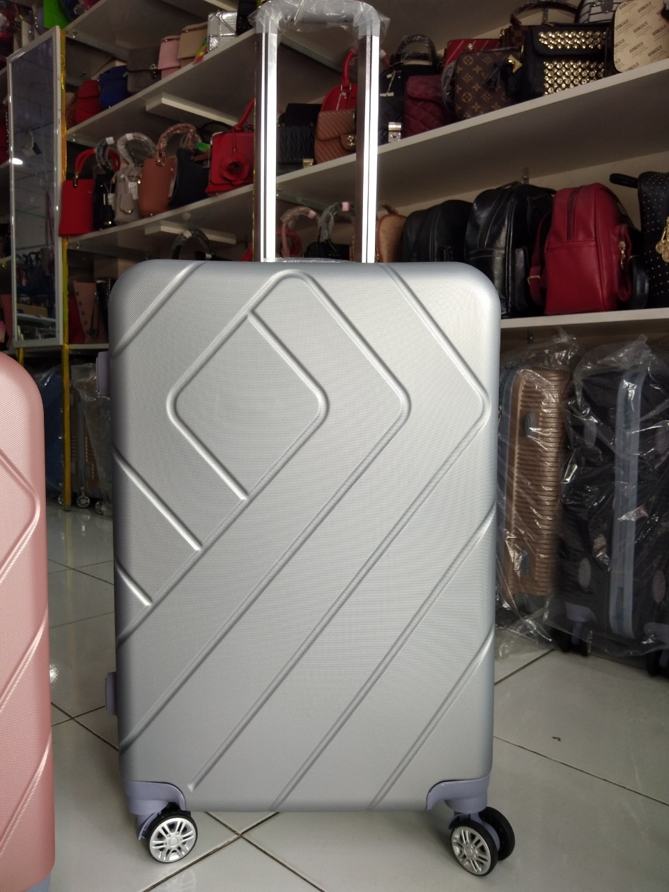 Sản xuất may gia công vali đặt hàng sỉ Về hàng thường xuyên LUÔN CẬP NHẬT MẪU MỚI TRÊN WEB vuahangsi.net / shalla.vn