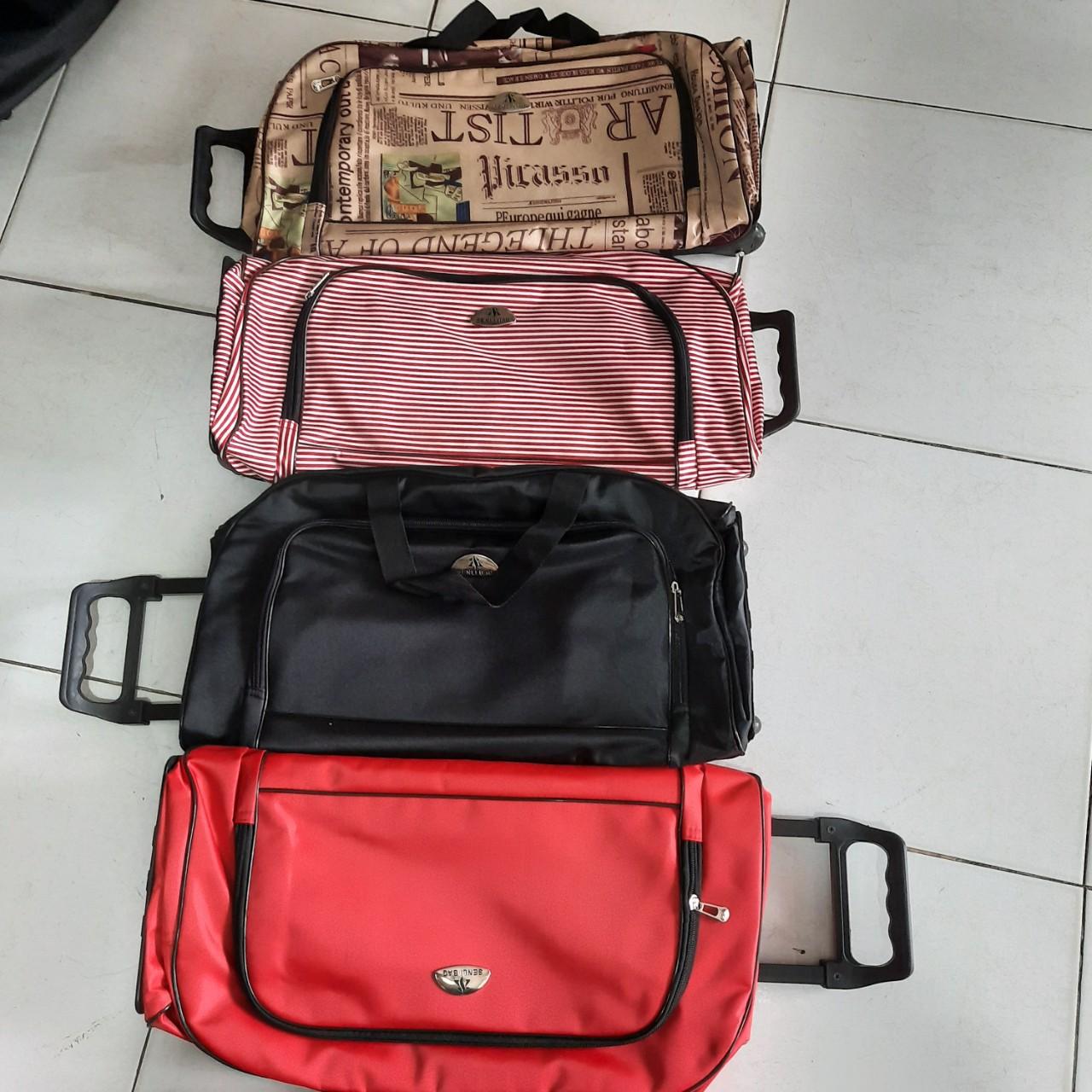Túi xách du lịch cần kéo Melody cỡ trung size 20 inch thời trang Shalla (Túi xách du lịch cần kéo 20 inch giá si)