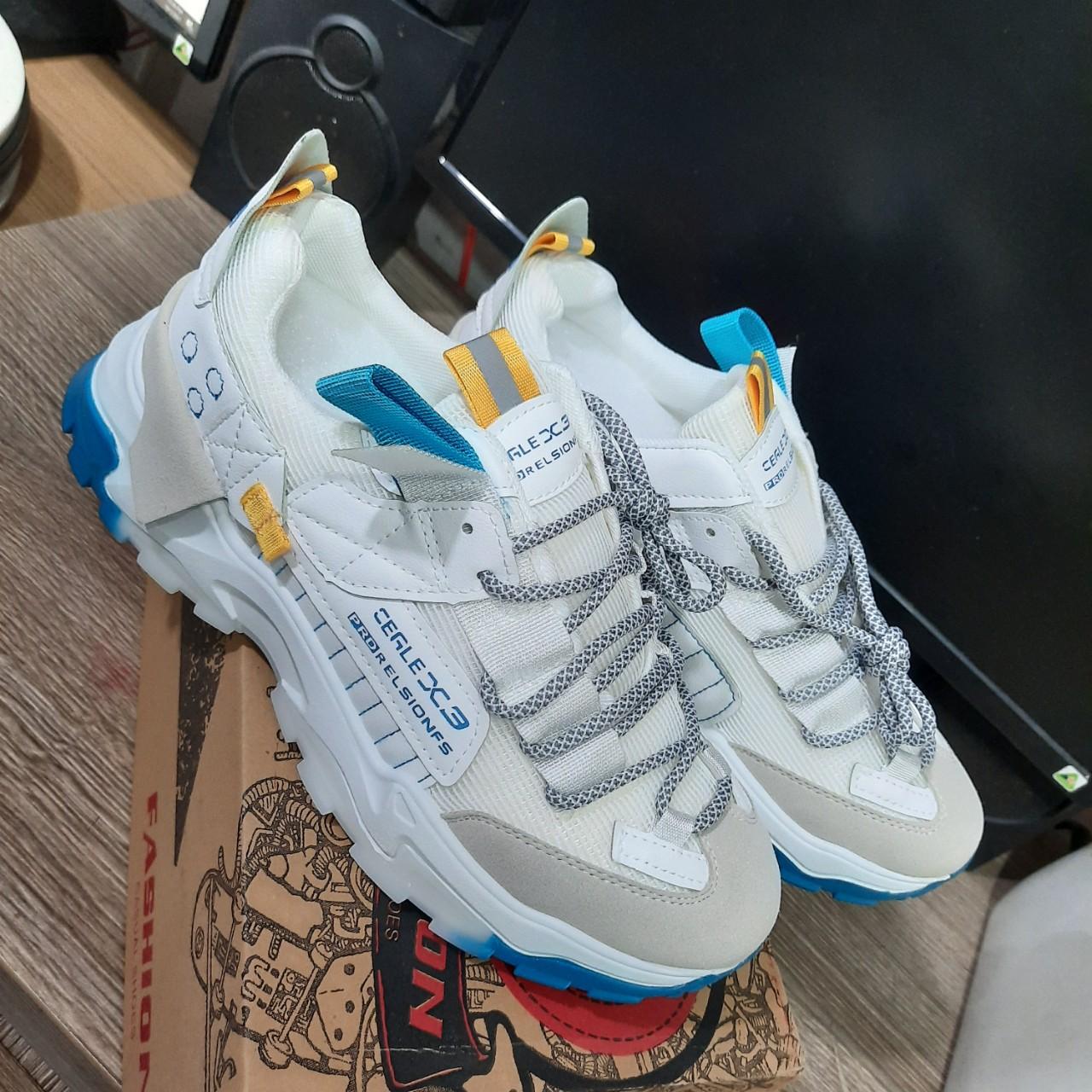 Giày Sneake nam Phối nền xanh FG43 Siêu phẩm hàng chính hãng Shalla