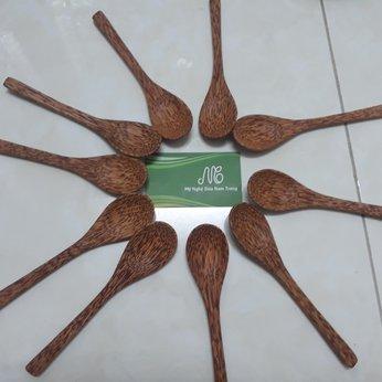 Muỗng gỗ dừa tròn 16cm