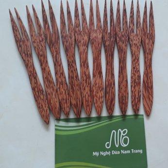 Nĩa 2 răng gỗ dừa