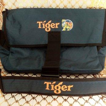 Túi đeo chéo khuyến mãi từ Tiger