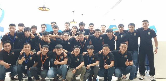 Mẫu áo đồng phục công ty màu đen