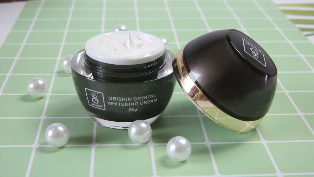 Kem dưỡng trắng da mặt Oriskin Whitening (CRYSTAL CLEAR WHITENING CREAM ORISKIN)