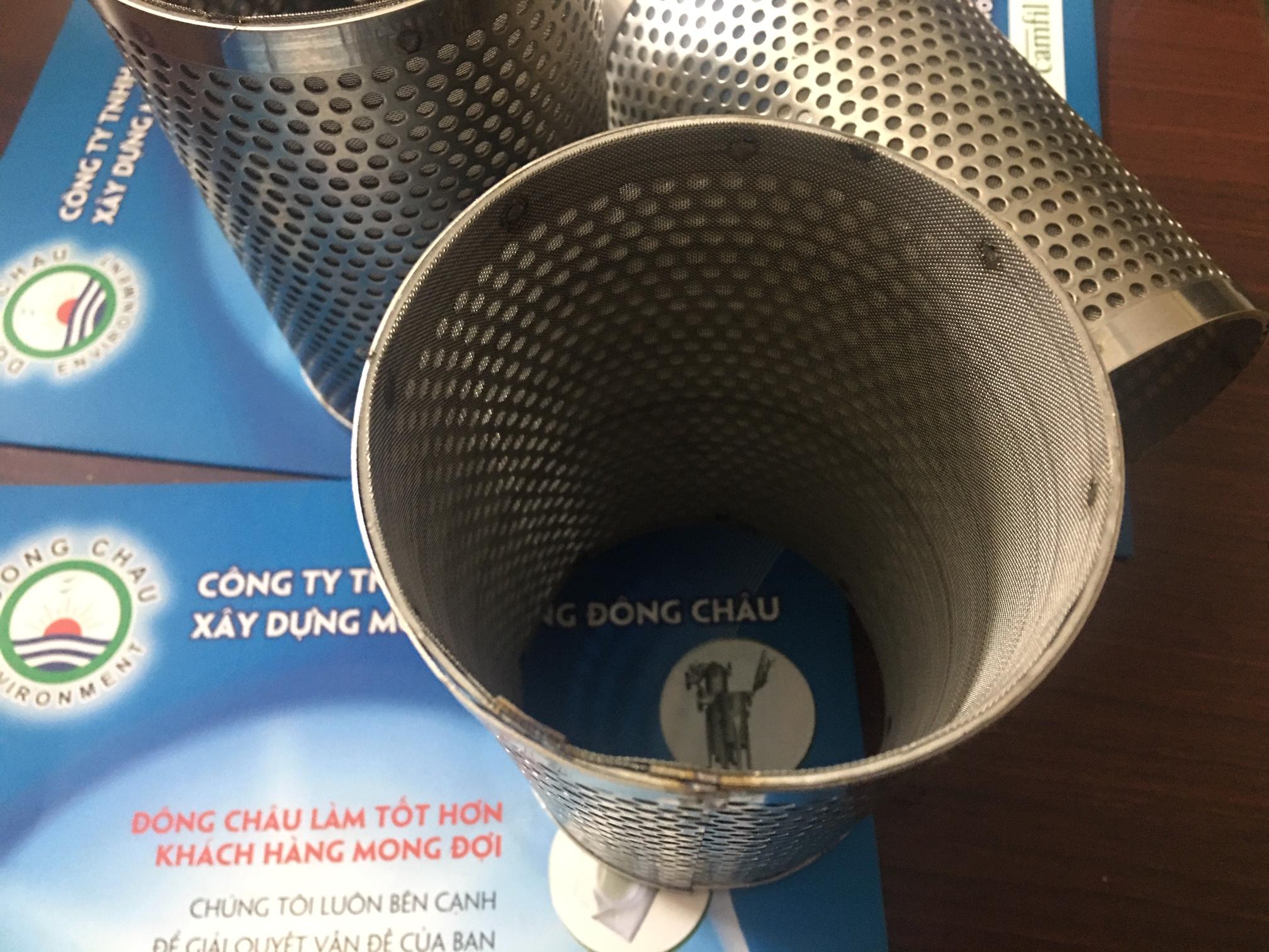 Ống inox lọc cát và chặn rác trên đường ống trong Ystrainer