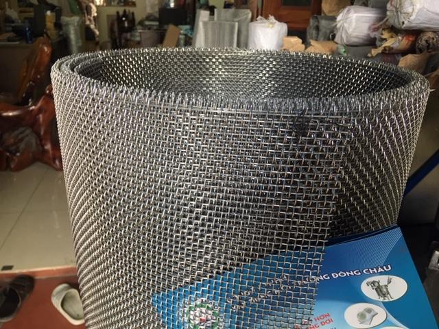 Lưới inox 4x4mm, sợi 1,5mm, inox 304 dùng bảo vệ, sàng