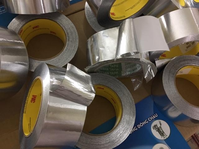 So sánh Băng keo nhôm 3M 425 và băng keo nhôm Đài Loan