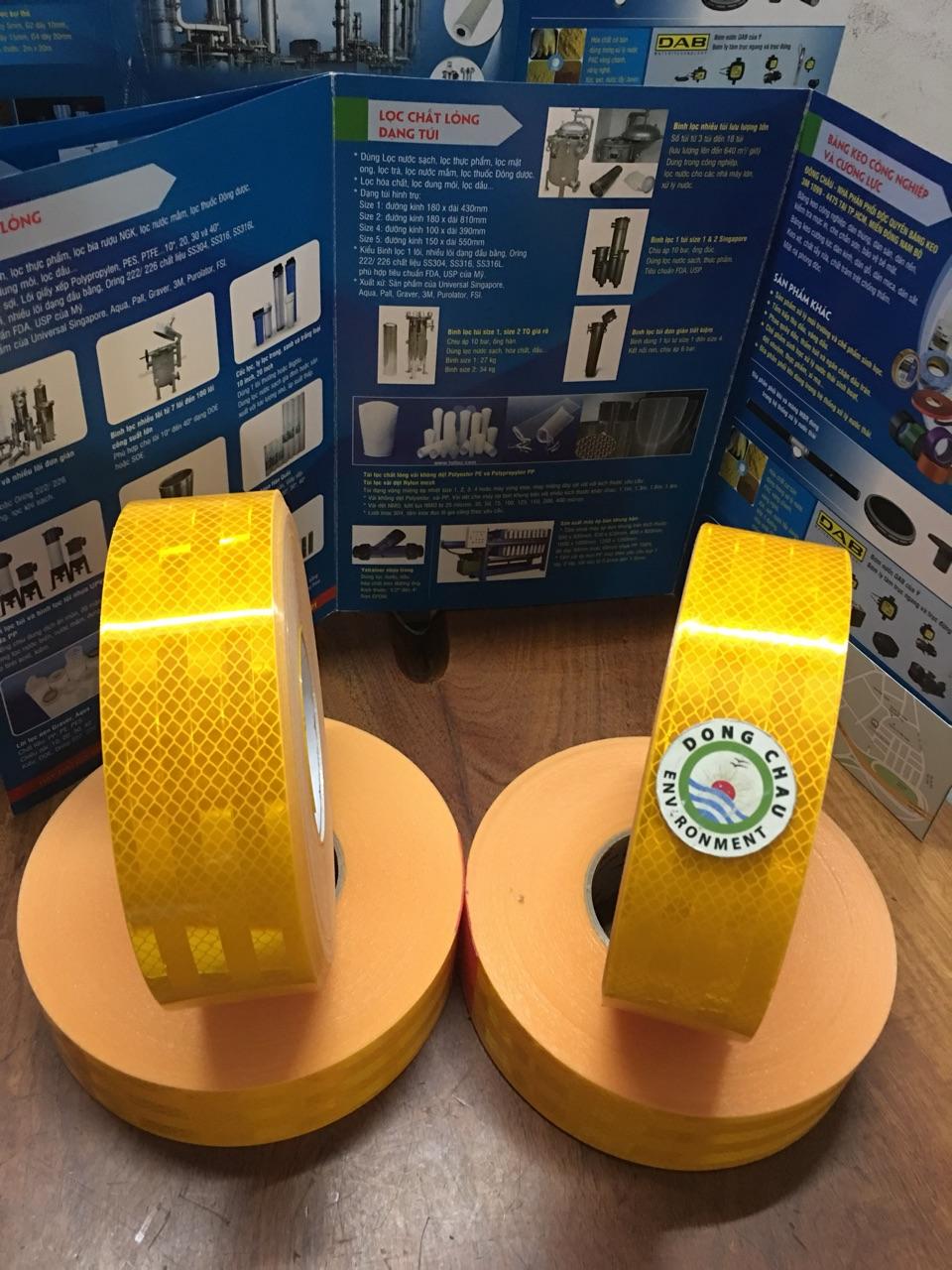 Băng keo phản quang màu vàng 3M 983-71