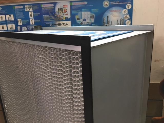 Khung HEPA hiệu quả H13 kích thước  610 x 610 x 292 mm