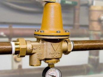 Tại sao phải lắp đặt van giảm áp trên đường ống ?