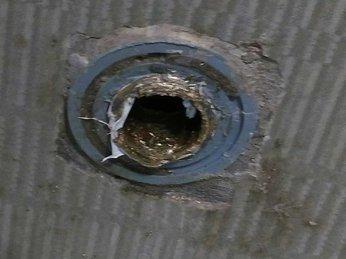 Cách tháo gỡ đầu van vòi nước bị gãy cụt ren ống nhựa