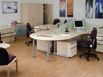Ứng dụng MDF vào bàn làm việc văn phòng