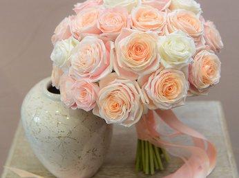 Chọn hoa cưới đất sét theo tính cách và vóc dáng cô dâu 2018