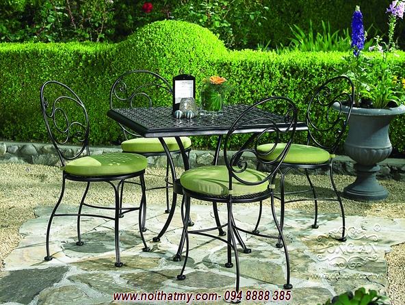 Bàn ghế sắt đẹp cafe sân vườn DA14-BG42