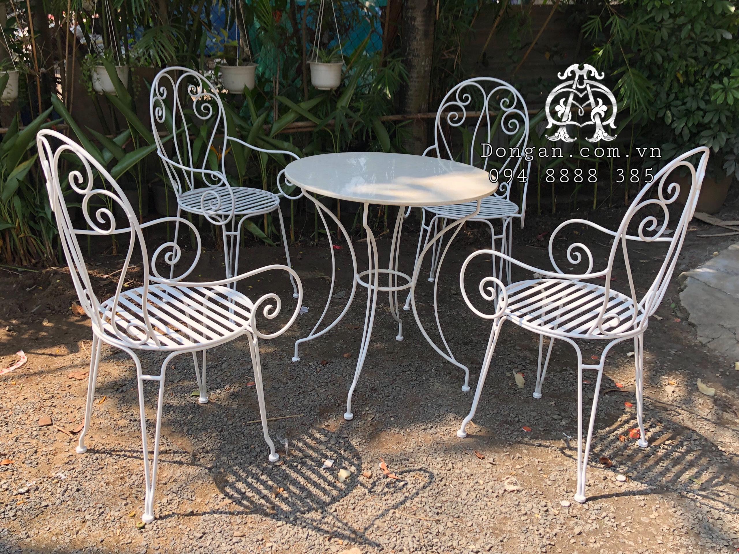 Bàn ghế sắt sân vườn đẹp DA19-BG19