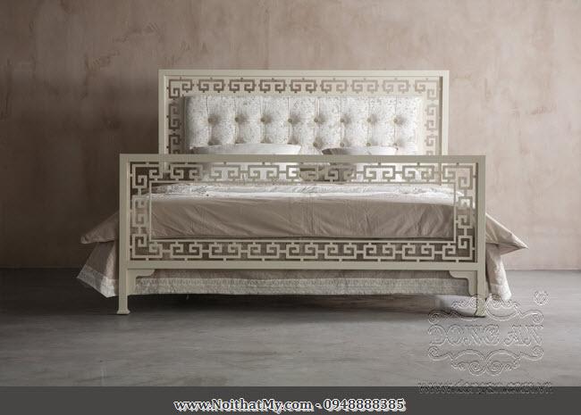 Giường sắt nghệ thuật cổ điển Lucky
