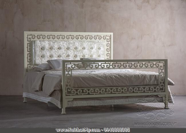 Giường sắt nghệ thuật phong cách cổ điển