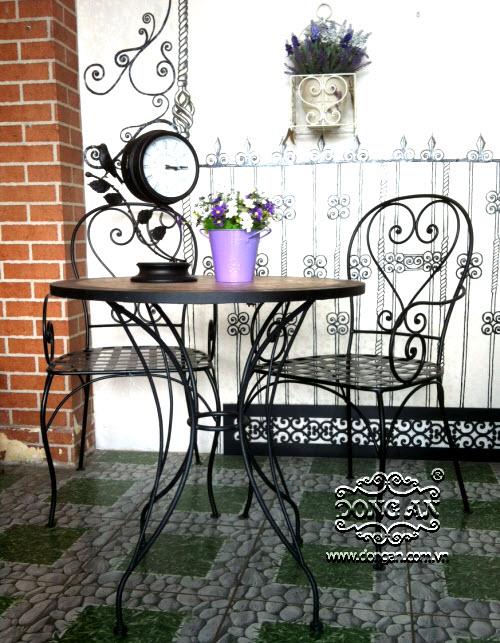Bàn ghế sắt mỹ thuật đẹp DA14-BG071
