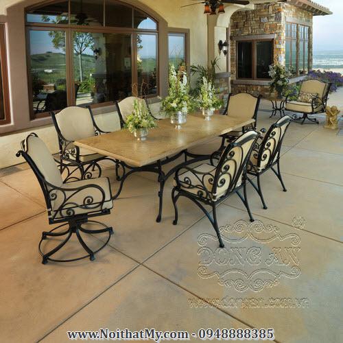 Bộ bàn ăn ngoài trời bằng sắt nghệ thuật DA15-125
